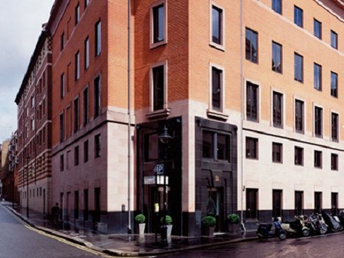 Office for rent London Chandos Place exterior