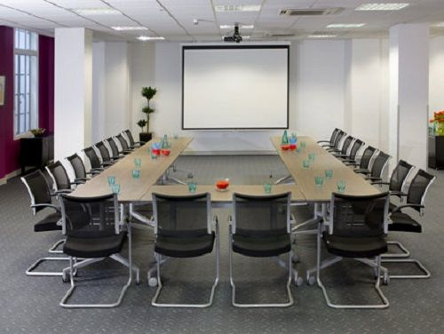Managed office space London Regent Street meeting room