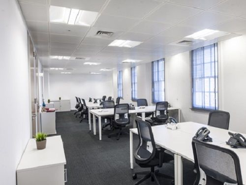 Offices to lease London Upper Woburn Place private office