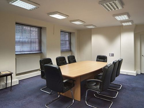 Serviced offices Central London Bloomsbury Square meeting room