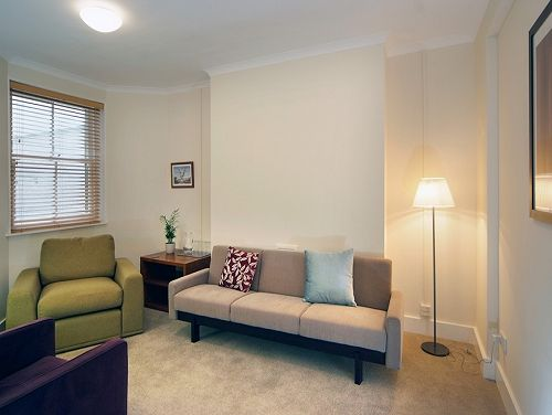 Managed office space London Mortimer Street lounge area