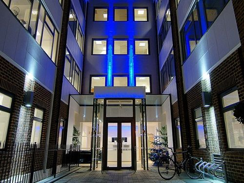 Circle Offices Ltd - Longcroft House Business Centre