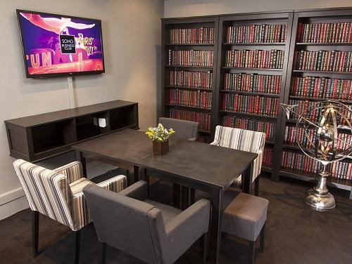 Flexible office space London Soho - Library