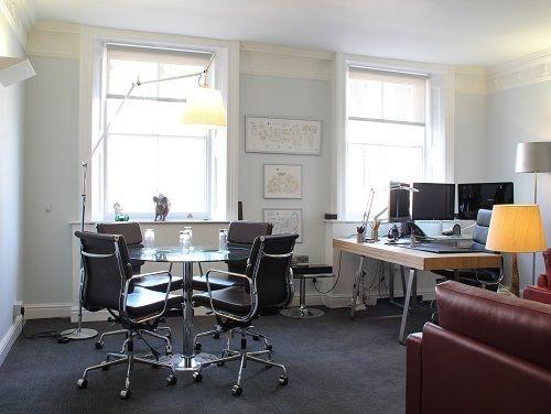 Flexible office space London  Maple Leaf - Office 1