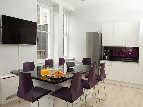 Flexible office space London Maple Leaf- Kitchen