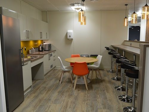 Office space for rent London Kitchen