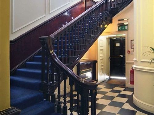 Office space to rent London Lobby