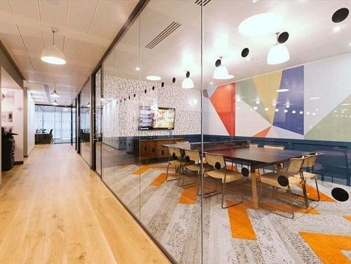 London serviced co-working meeting room and corridoor