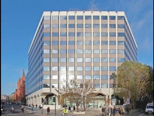 Office rental in London External