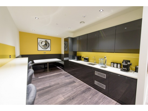 50 Sloane Avenue Kitchen