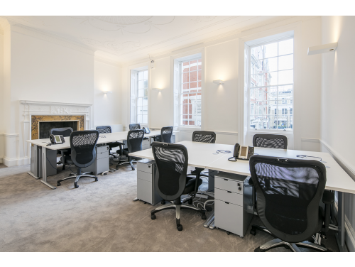 11 Golden Sq - office 2