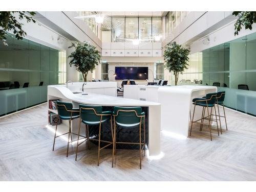 Orega-Serviced-Offices-London-Gracechurch-Street-Atrium Breakout Space